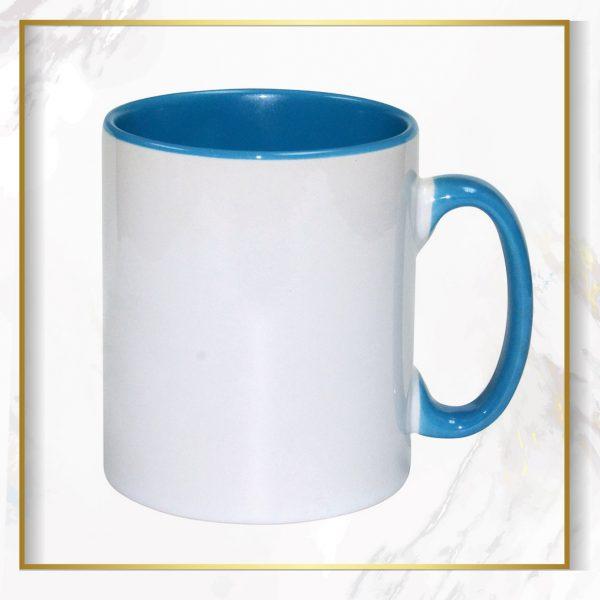 لیوان دسته داخل آبی
